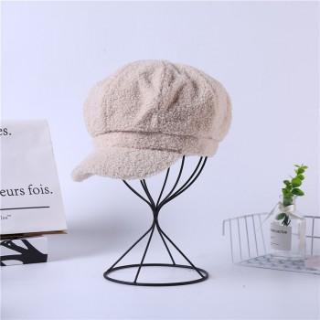 Женская кепи - кепка  плюшевая PLUSH chrm-Y-520007 MILK
