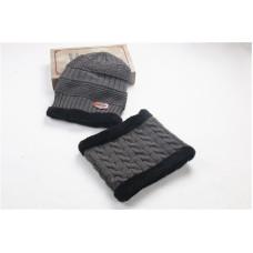 Детский комплект шапка + шарфик  - однотонный Knitted M-000547 Серый